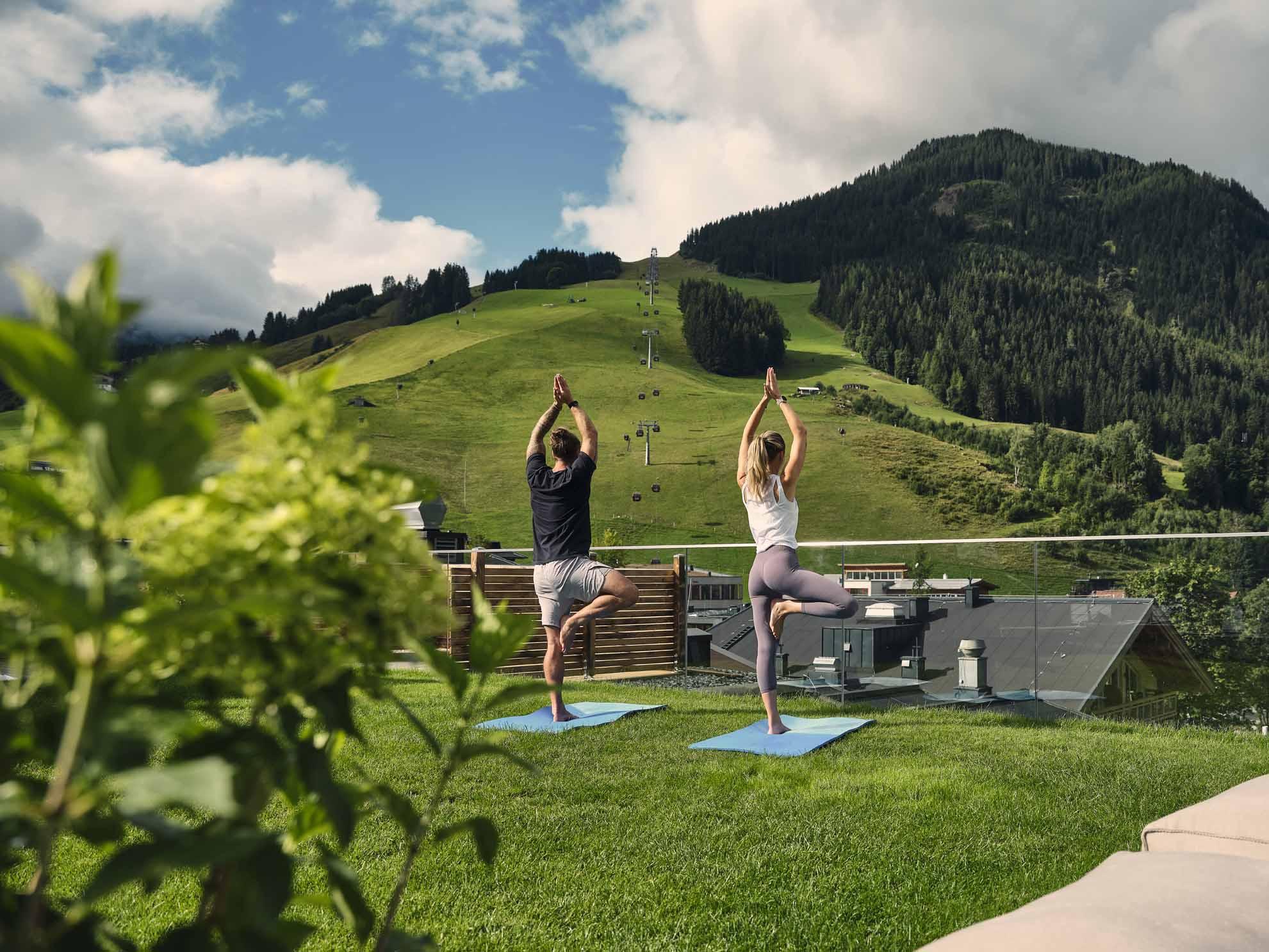 Yoga auf dem Rooftop vom Hotel Hasenauer